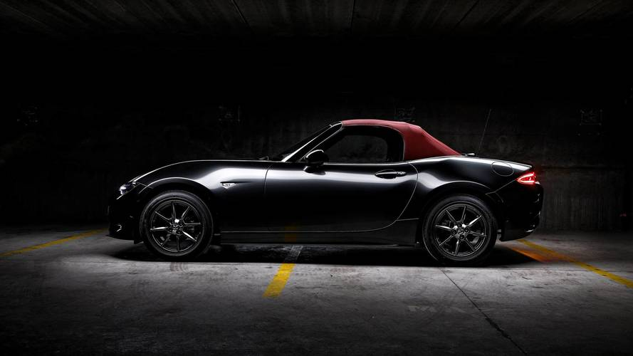 Mazda MX-5 Cherry Top