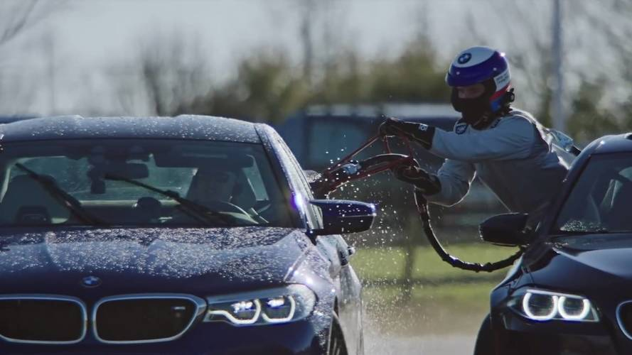 BMW M5 car to car refueling