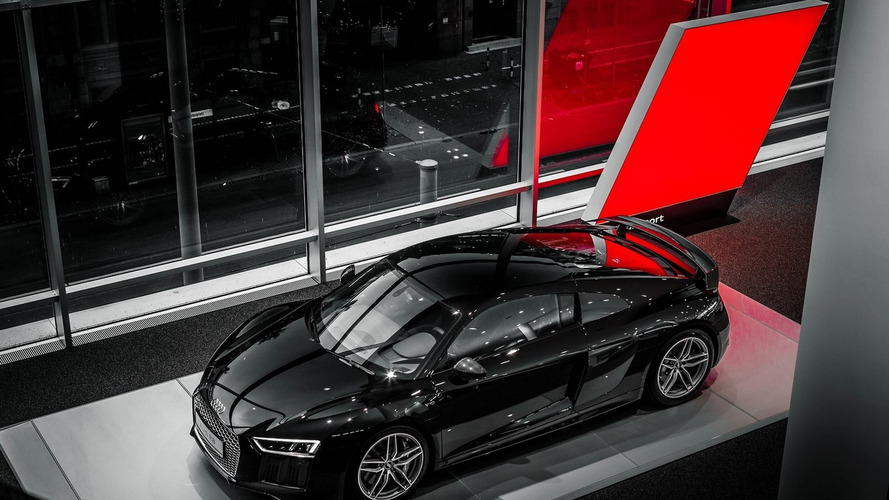 Audi R8 will allegedly receive a 2.5-liter five-cylinder e-turbo engine