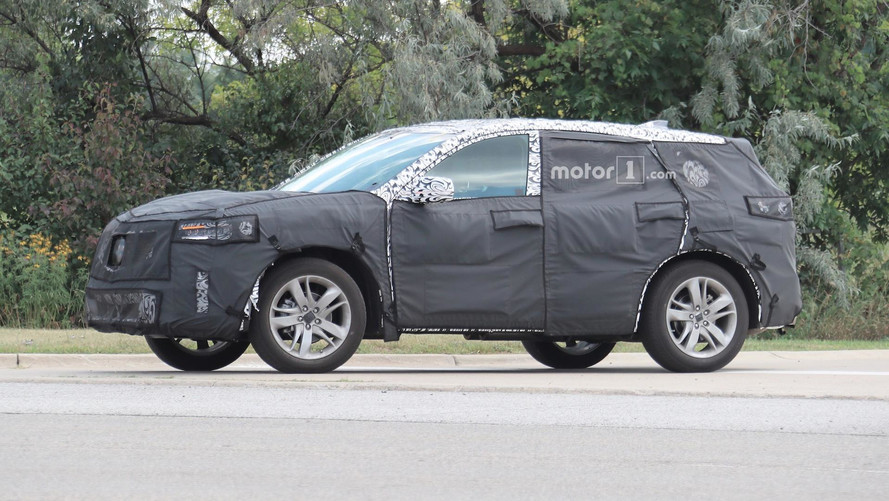 2018 Acura RDX Spied With Updated Design