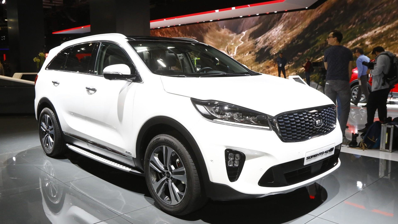 2018 kia sorento facelift dressed in euro clothing for frankfurt. Black Bedroom Furniture Sets. Home Design Ideas