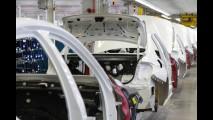 Em menos de um ano, BMW já celebra 10 mil carros produzidos no Brasil