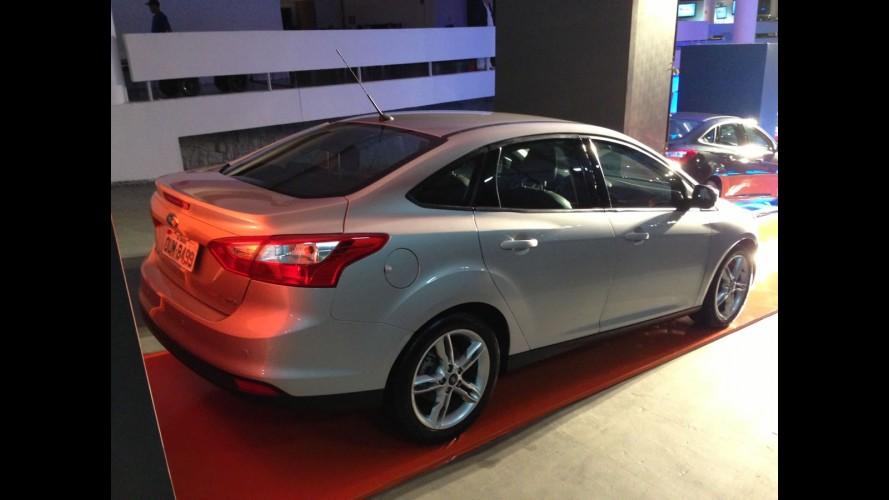 Exclusivo: esta é a versão intermediária do novo Focus Sedan - conheça detalhes de toda a gama