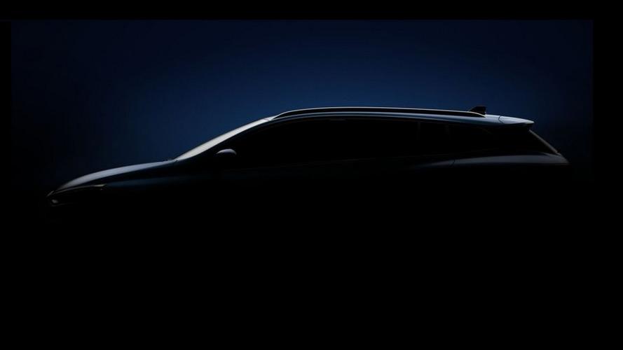 Renault Megane Sport Tourer teased prior to February 22 reveal