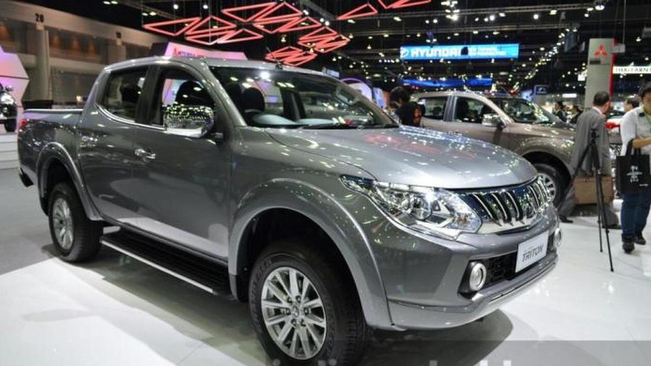 Mitsubishi Triton live at Thailand International Motor Expo 2014