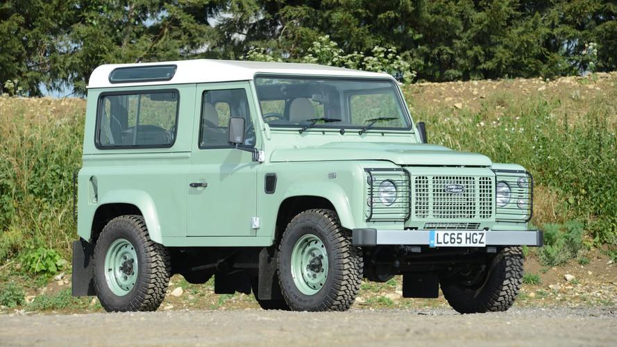 ¿Cuánto pagarías por el Land Rover Defender de Mr. Bean?