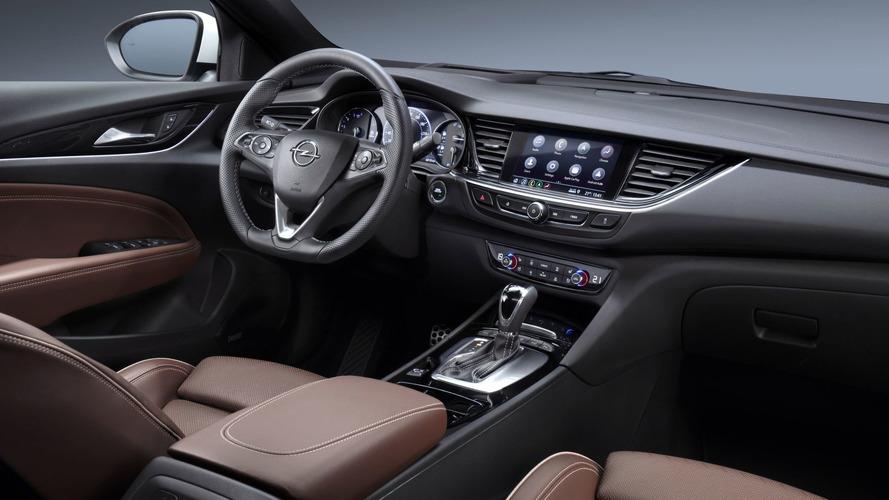Opel Insignia'ya yeni bilgi eğlence sistemi geliyor