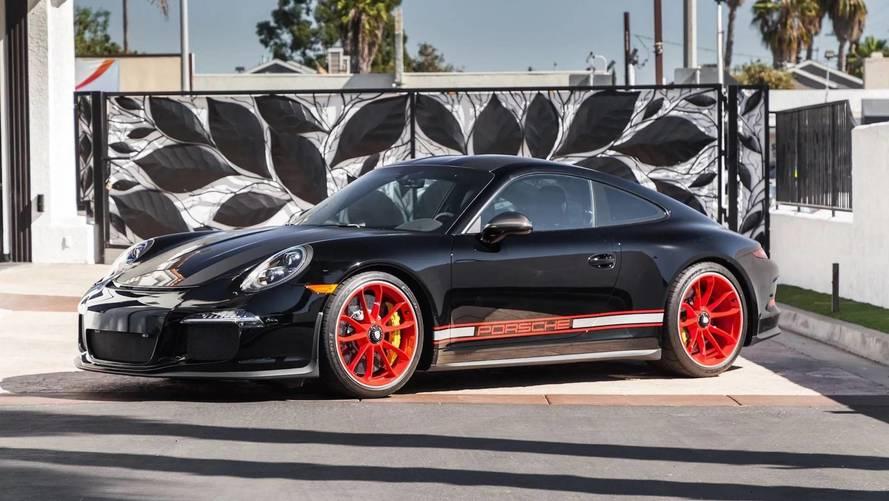 ¿Buscas un Porsche 911 R? Esta unidad, con 233 kilómetros, está en venta