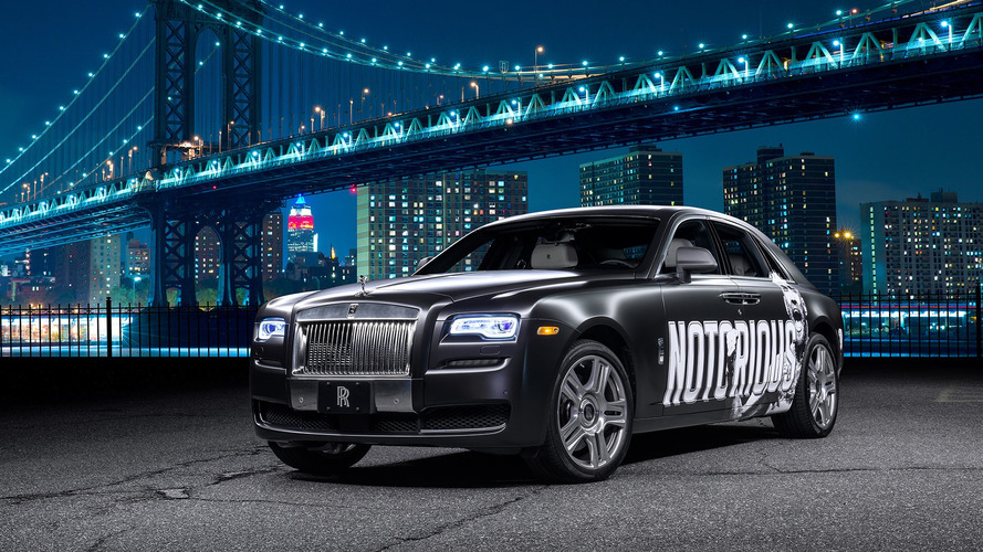 UFC fighter gifted custom $350k USD Rolls-Royce Ghost