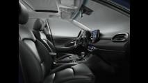 Novo Hyundai i30 2017 estreia com motor turbo e câmbio de dupla embreagem - veja fotos