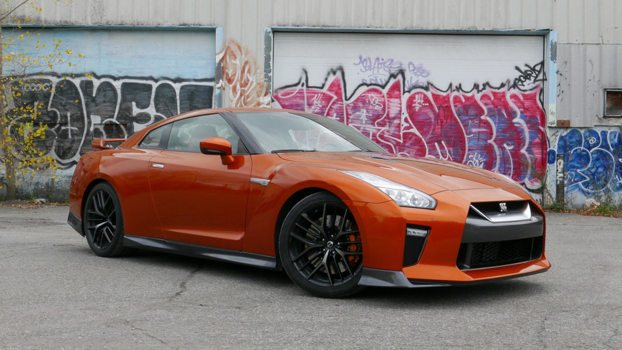 2017 Nissan GT-R: Review CA