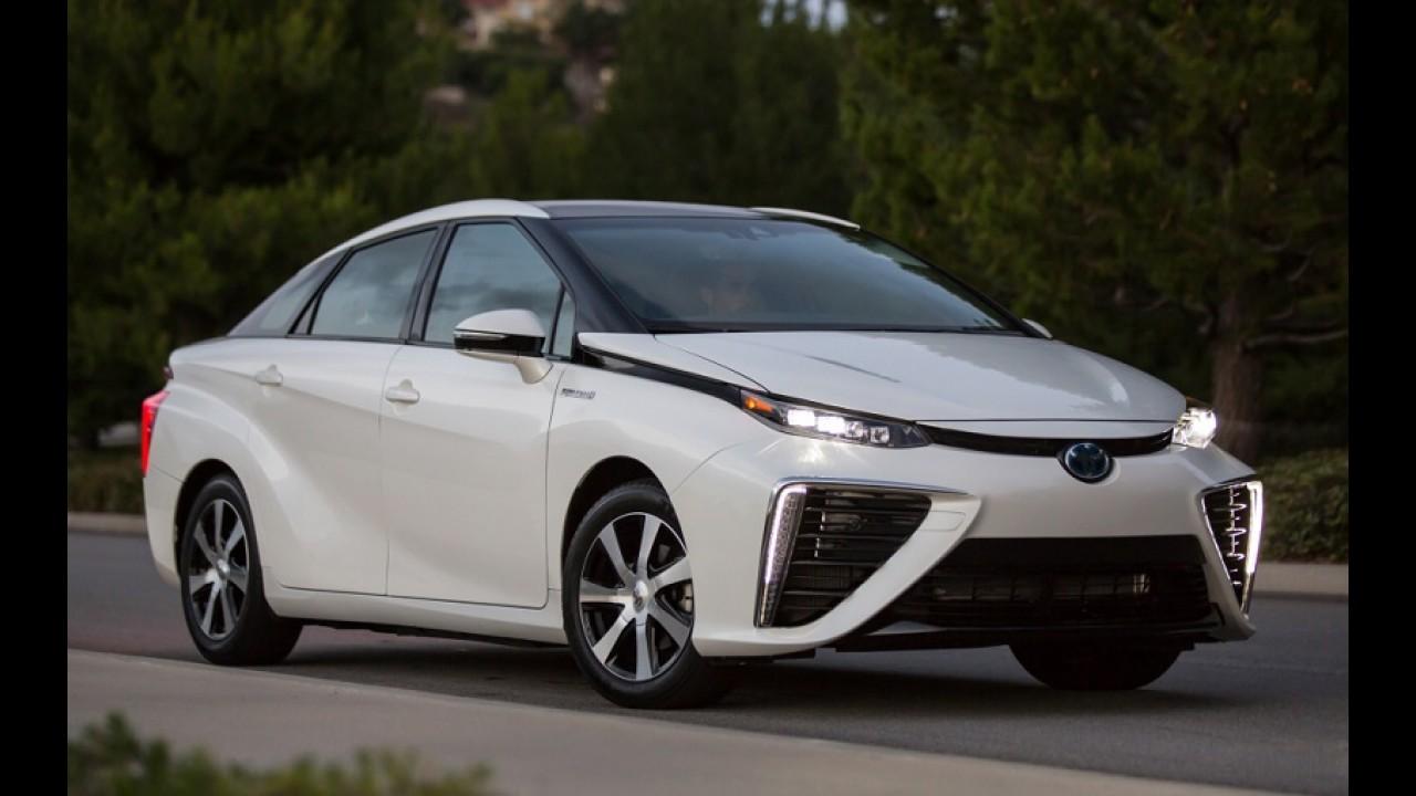 Toyota diz que motores a combustão estarão extintos em 2050