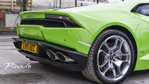 Lamborghini Huracan performs taxi duties in U.K.