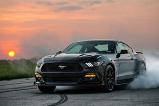 Watch a Challenger Hellcat Race a 774-HP Hennessey Mustang