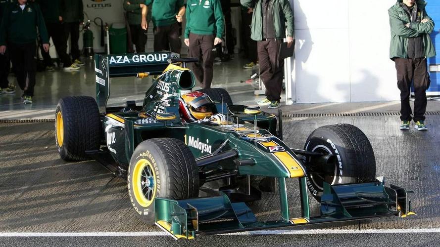 Skies open after Lotus track debut at Jerez