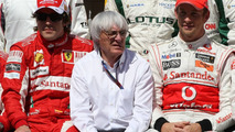 Ecclestone admits F1 'cannot change' 2010 rules