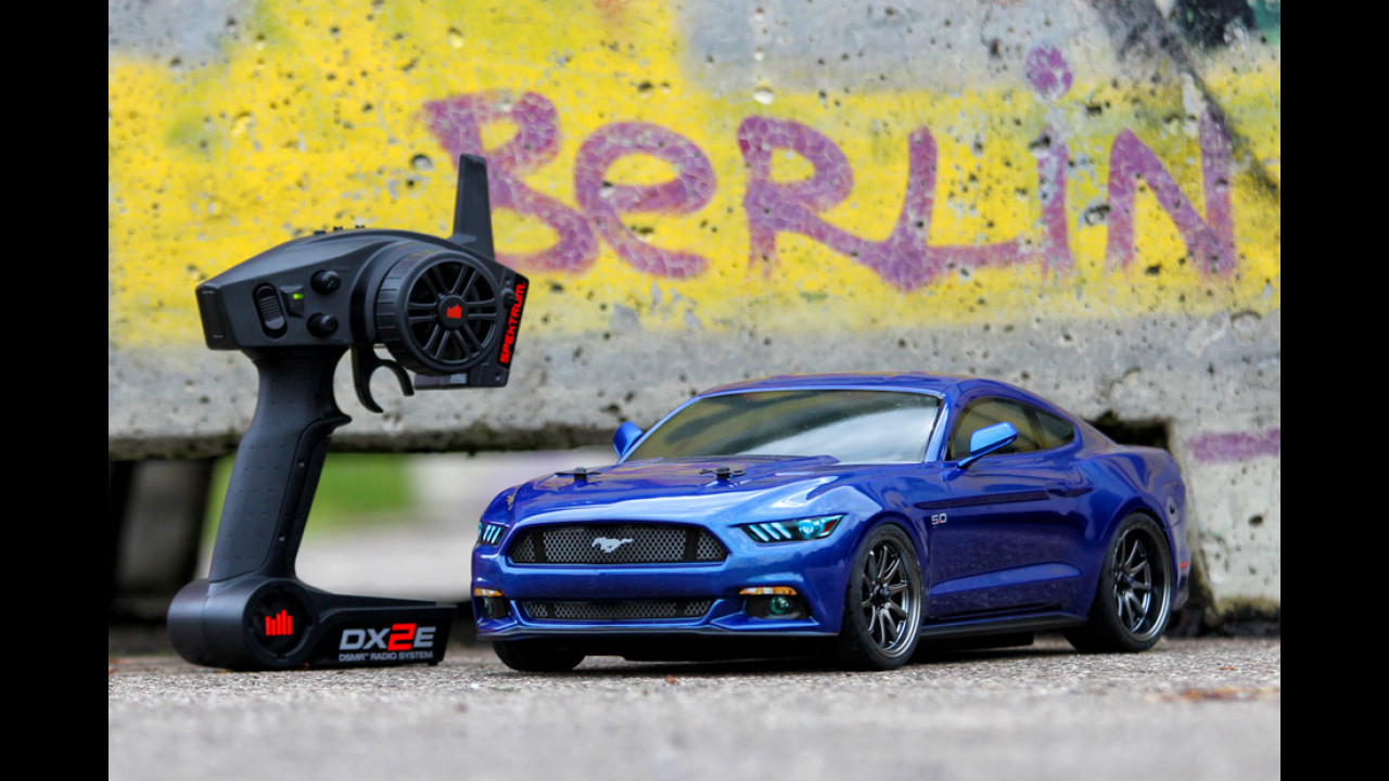 Ford Mustang (2015) 4WD RTR von Vaterra