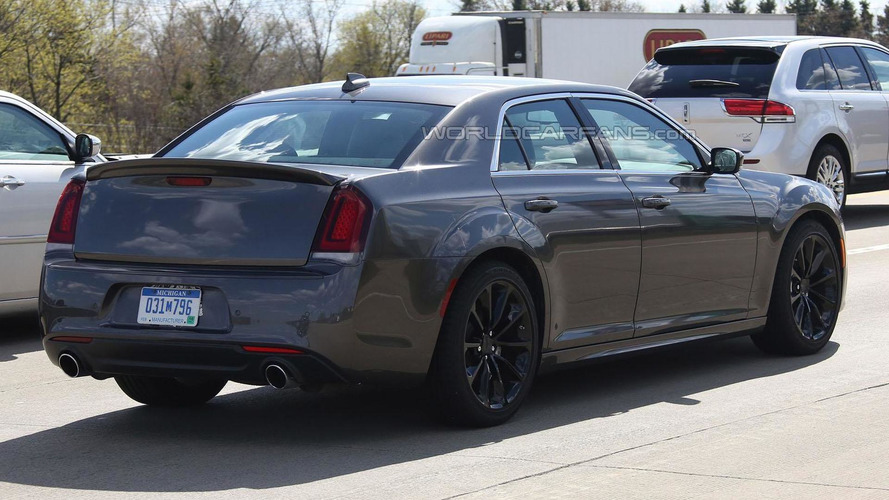 2016 Chrysler 300 SRT coming to Australia with more power