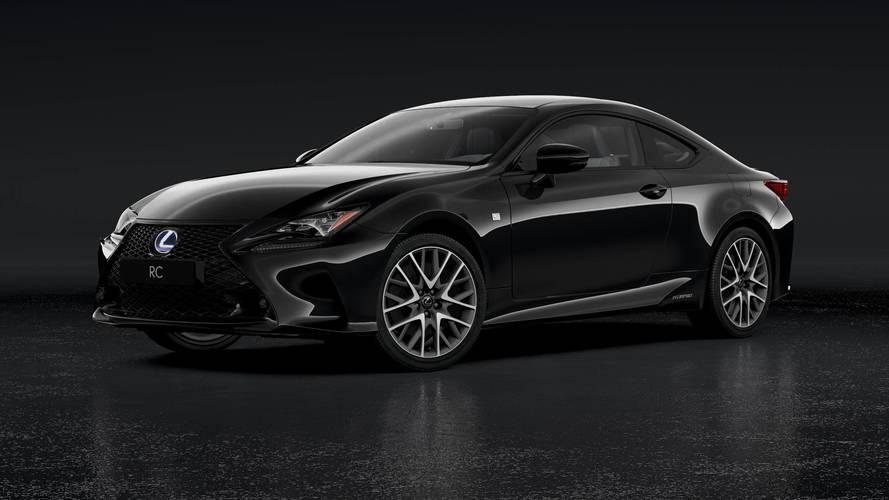 Une série spéciale Black Édition pour la Lexus 300h