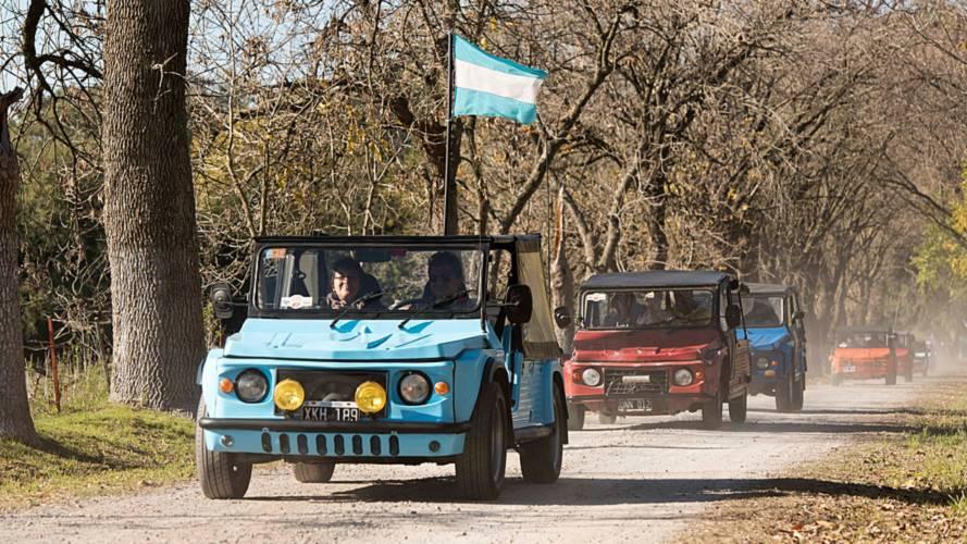 Une centaine de Citroën Méhari rassemblées en Argentine