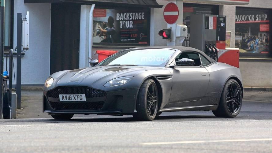 Aston Martin DBS Superleggera Volante en photos espion