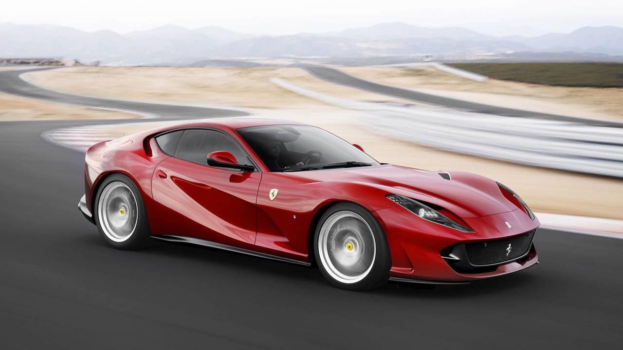 Ferrari 812 Superfast – Virtual Short Wheelbase System 2.0