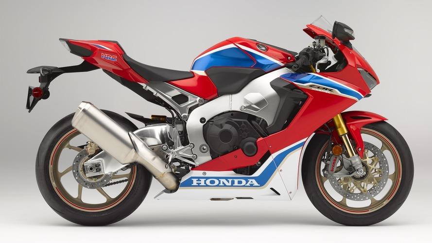 2017 Honda CBR1000RR tanıtıldı
