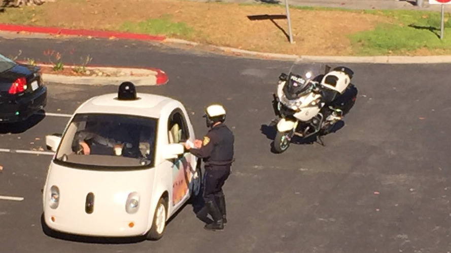 Californian police stops Google autonomous car for... driving too slowly