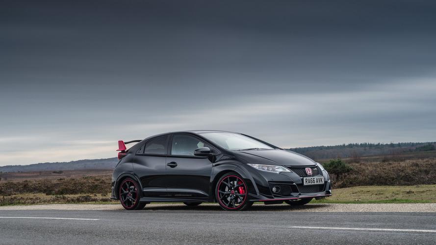 Honda Civic Type R, İngiltere'ye Black Edition ile veda ediyor