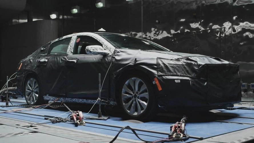 Novo Malibu 2016 terá versão híbrida com mecânica do Volt