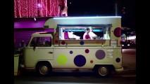 Vídeo: Volkswagen realiza os últimos desejos da Kombi