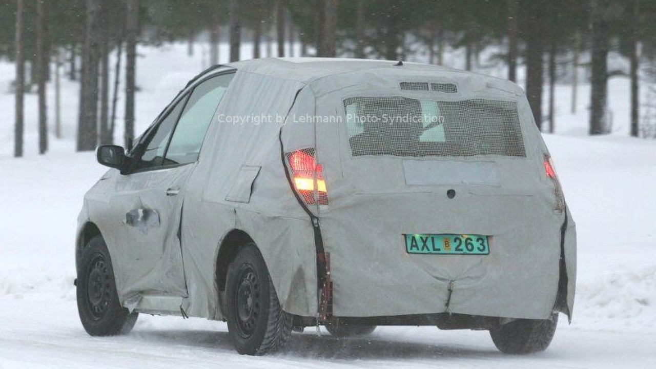New Renault Twingo Scenic spy photos