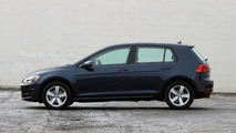 2017 Volkswagen Golf: Review