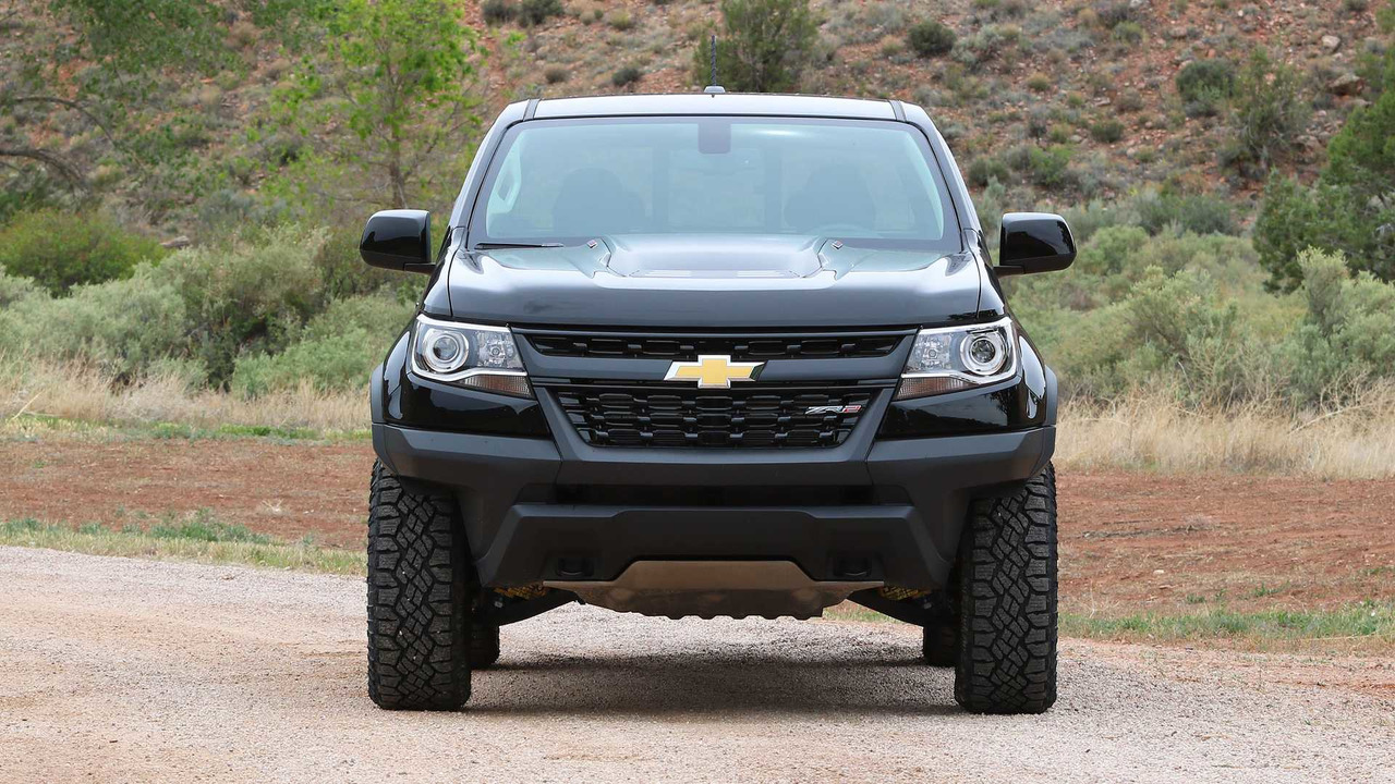 2017 chevy colorado zr2 first drive mud and dirt made easy. Black Bedroom Furniture Sets. Home Design Ideas