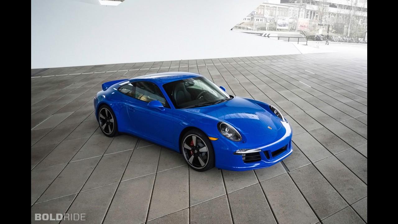 Porsche 911 GTS Club Coupe