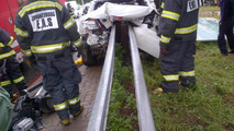 Amazing crash: BMW 335i hits guard rail, no one gets hurt!