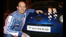 Terry Grant al volante della Renault Twingo GT da record