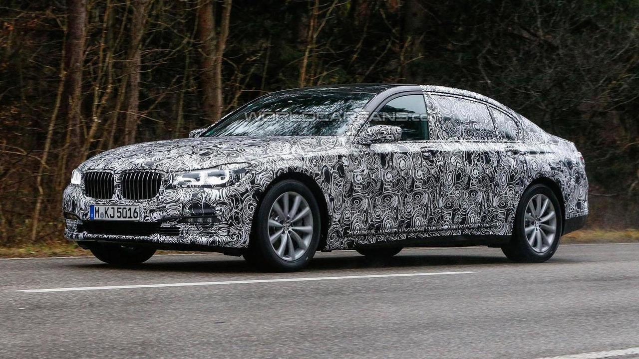 2016 BMW BMW 7-Series spy photo