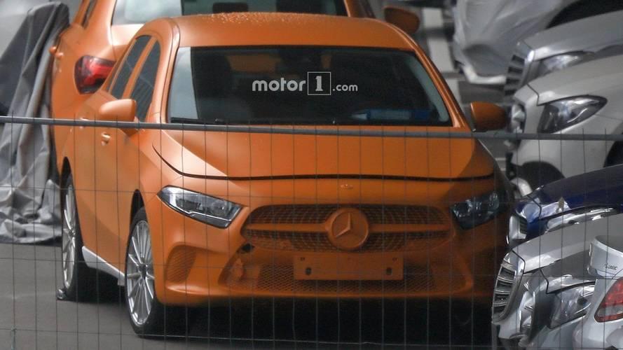 Novo Mercedes-Benz Classe A sem camuflagem