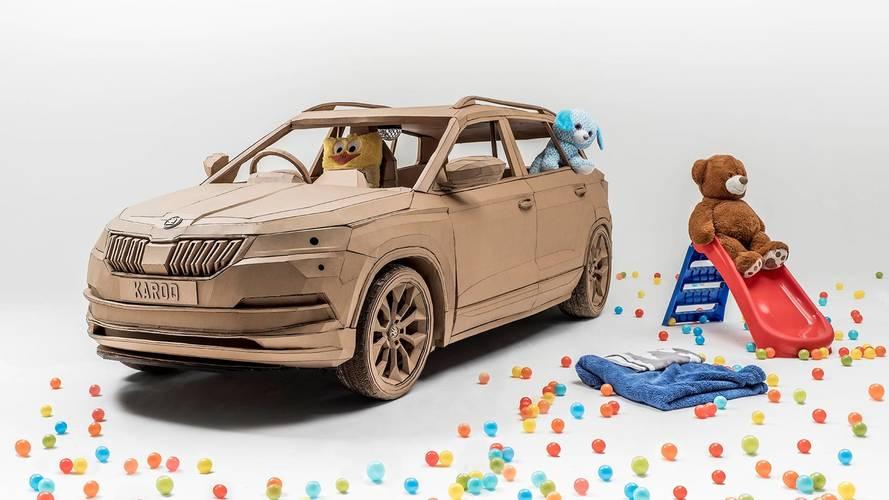 Škoda présente un Karoq en carton
