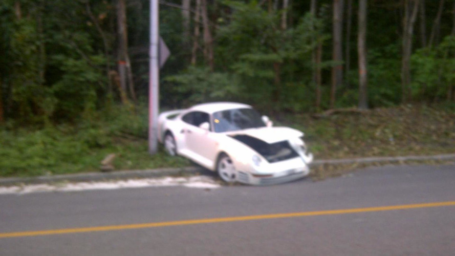 Rare Porsche 959 crashes in Montreal