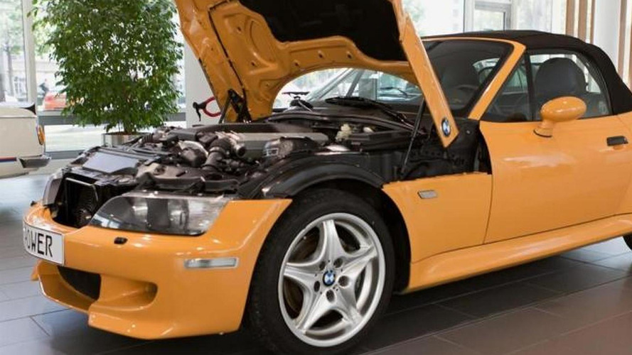 BMW M squeezes V12 engine in a Z3 prototype