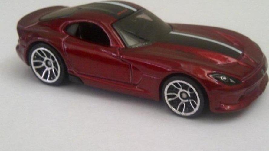2013 SRT Viper revealed in Hot Wheels die cast leak