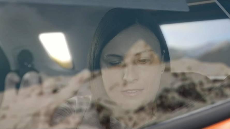 Ford inventa il finestrino per i passeggeri non vedenti