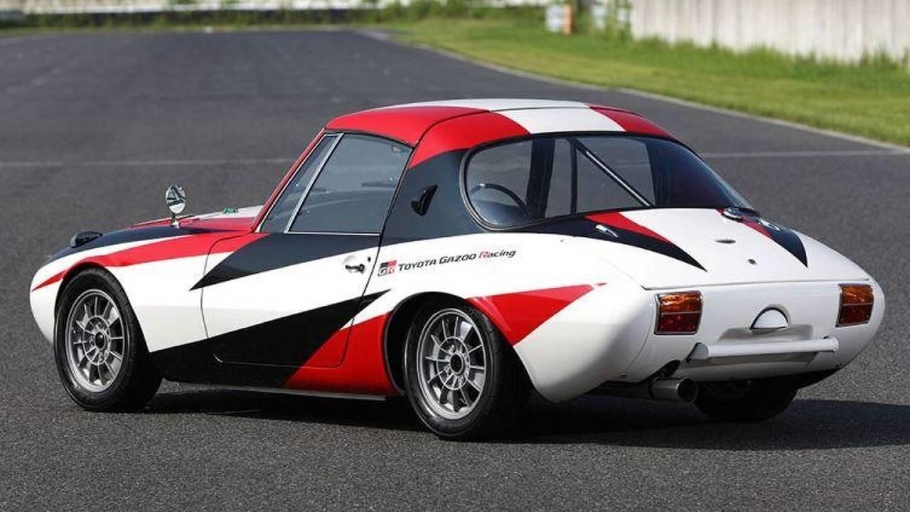 insolite toyota a restaur sa plus vieille voiture de course la sports 800. Black Bedroom Furniture Sets. Home Design Ideas