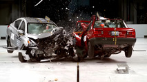 Nissan Tsuru crash test