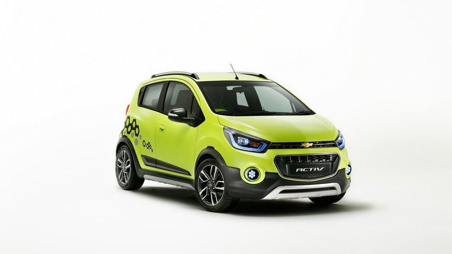 Chevy Essentia & Beat Activ concepts unveiled in India