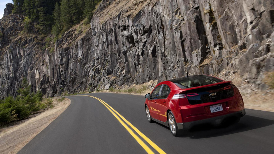 Chevy developing cheaper 'baby' Volt with smaller battery - report