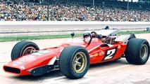 Mario Andretti - Mario Andretti participó en las 500 Millas de Indianápolis desde 1965 y 1994 faltando sólo a la edición de 1979, llevándose la victoria en el mítico óvalo en 1969 (foto).  Photo by: IndyCar Series
