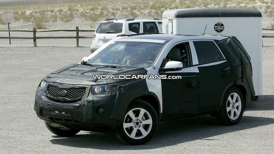 Kia Sorento Spy Photos in the Desert